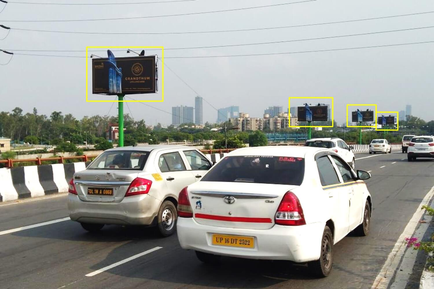 Option No.1 Outdoor Unipole Advertising at Mayur Vihar Nr Hotel Hilton, Link Road towards Noida