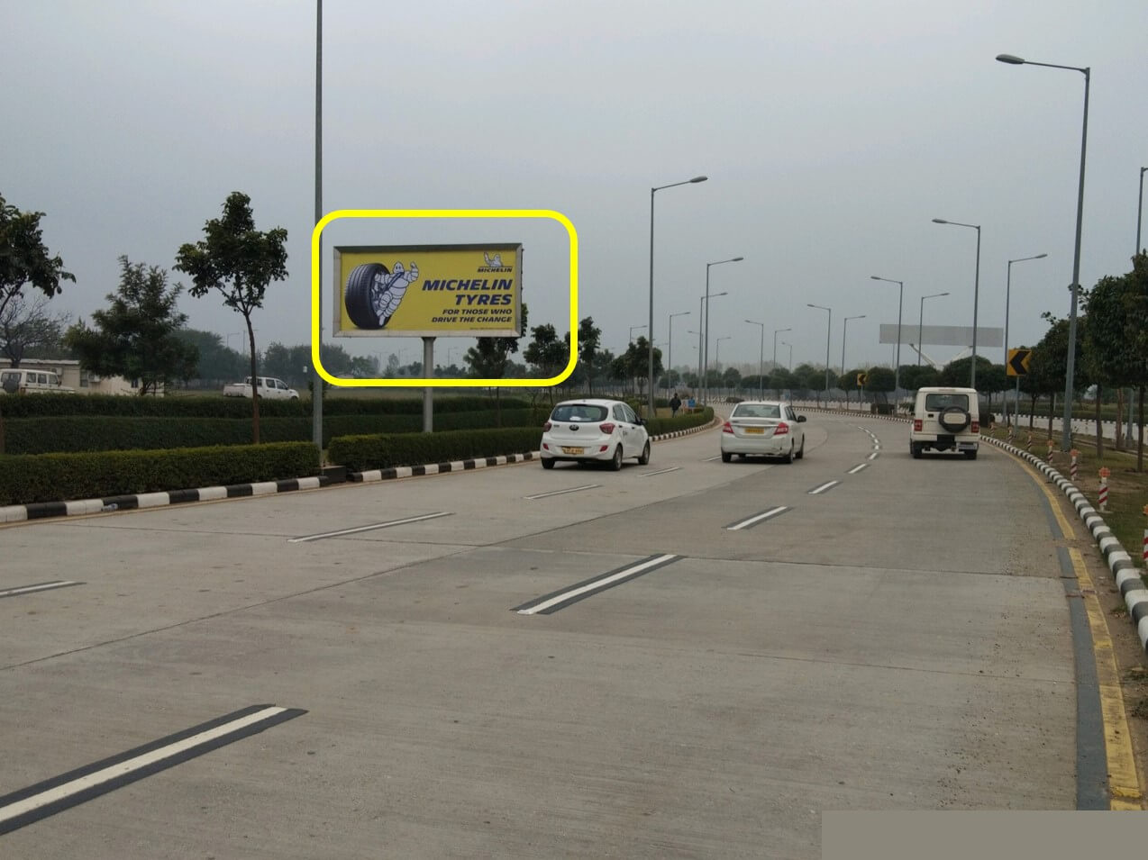 Option No.3 Outdoor Unipole Advertising at Domestic & International Arrivals Road, Chandigarh International Airport