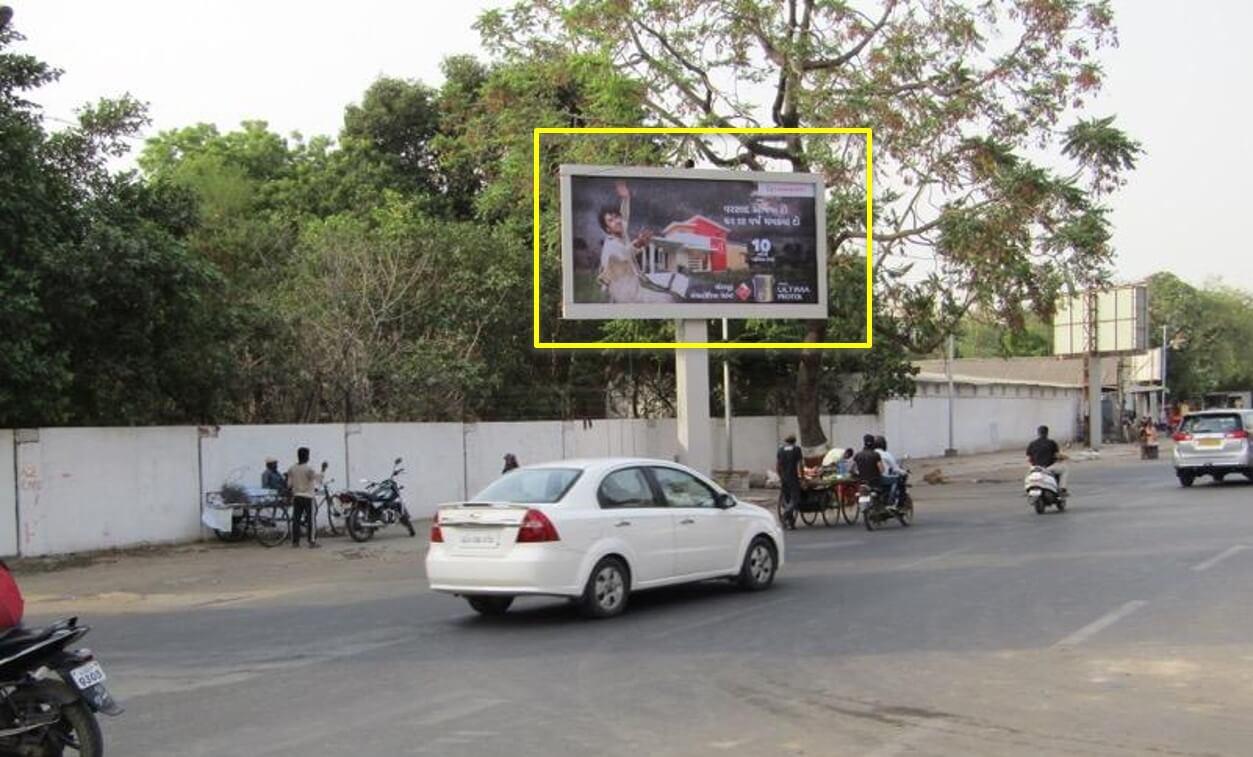 Option No.3 Outdoor Unipole Advertising at Genda Circle to Shastri Bridge, Vadodara