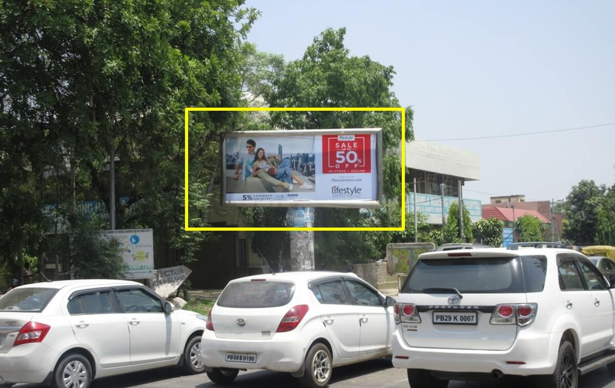 Unipole Advertising at Chawla Lights in Mohali, Punjab