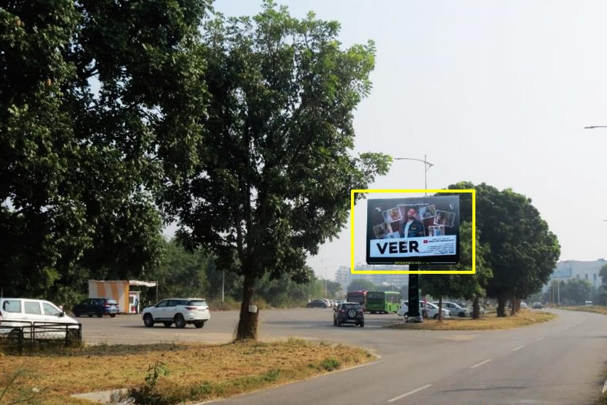 Outdoor Unipole Branding at The Lalit Hotel, IT Park, Chandigarh